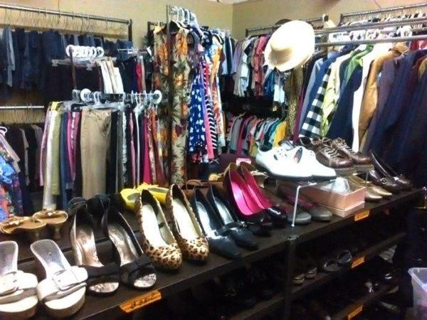 Missouri thrift store selling donated shoes and clothes